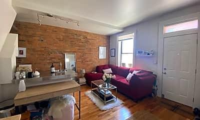 Living Room, 14 E Beck St, 1