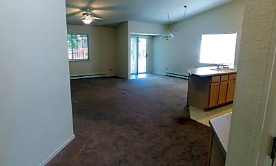 Living Room, 8 Bordeaux Ct, 1