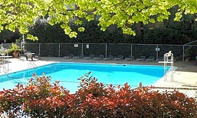 Pool, 6147 Leesburg Pike 602, 2