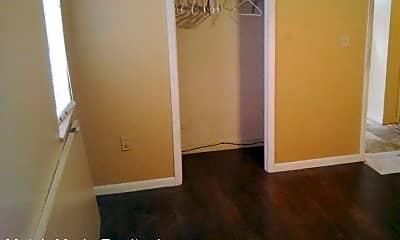 Bedroom, 2114 Spires Ave, 1