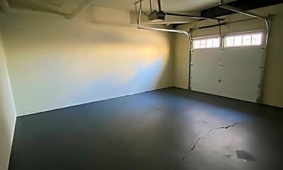 Living Room, 725 W Freshwater Way, 2