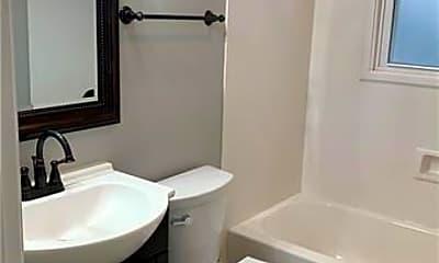Bathroom, 519 6th St, 2