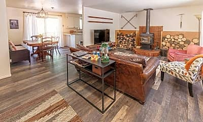 Dining Room, 16354 Skyliners Rd, 0