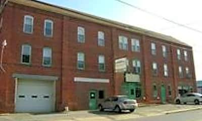 Building, 1111 N George St, 0