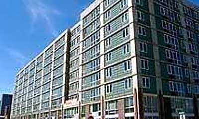 Broadway Plaza Lofts, 0