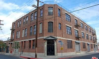 Building, 652 Mateo St 205, 0