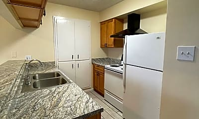 Kitchen, 724 S 1st Street # B-14, 1