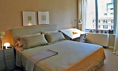 Bedroom, 250 East 86th St, 2