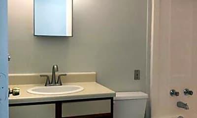 Bathroom, 27 Hege Drive, Unit 5, 2
