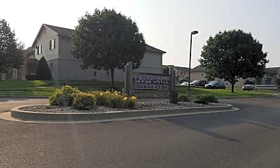 Lake Pointe Apartments, 1