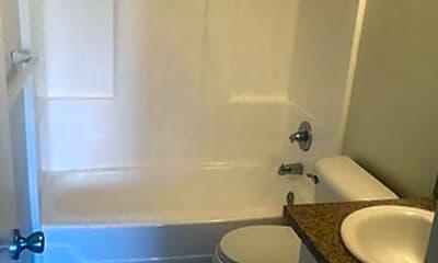 Bathroom, 1381 E Santa Clara St, 2