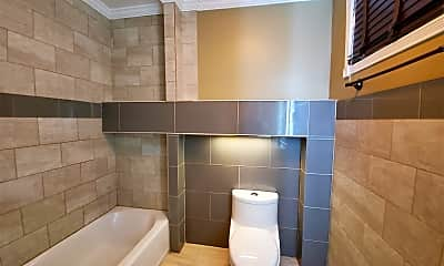 Bathroom, 3108 Aster St, 1
