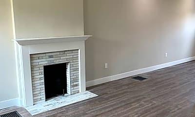 Living Room, 818 E Whittier St, 1