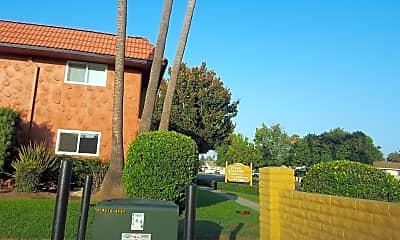 Villa Quixote Apartments, 1