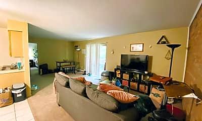 Living Room, 3535 Linwood Ave 6, 1