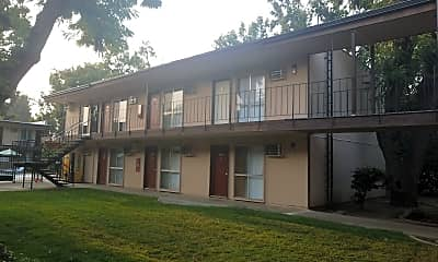 Warren House, 0