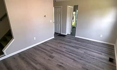 Living Room, 5685 Tamarack Blvd, 1