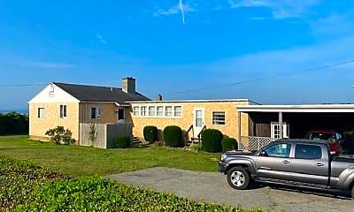 Building, 299 Tuckerman Ave, 1