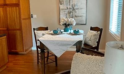 Dining Room, 39 Pier Rd, 2