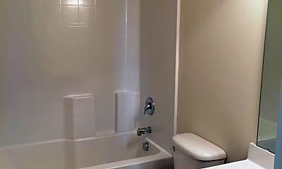 Bathroom, 305 Engelmann Ln, 2