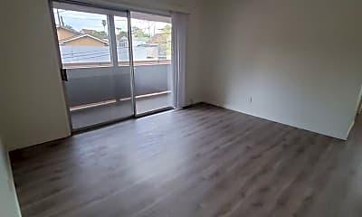 Living Room, 114 E 64th Pl, 1