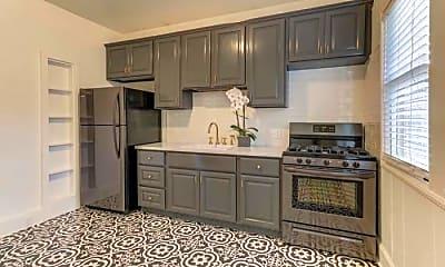 Kitchen, 817 Franklin St, 2