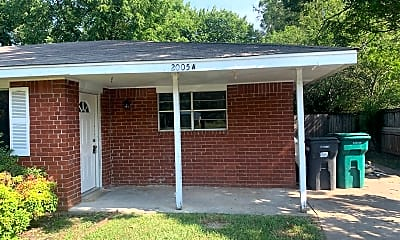 Building, 2005-A Oak St, 0