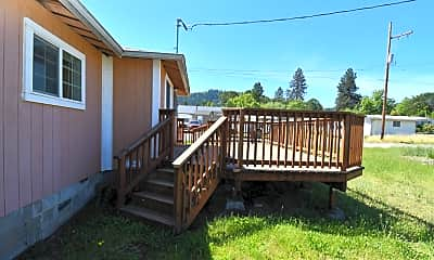 Patio / Deck, 620 SE Carroll St, 1
