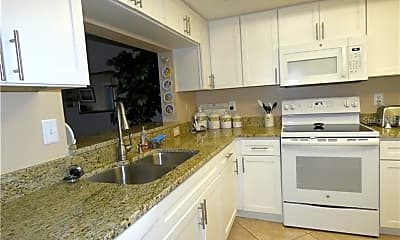 Kitchen, 9300 Clubside Cir 1207, 1