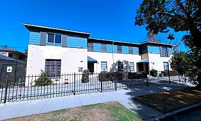 Building, 301 W Burnett St, 0
