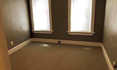 Bedroom, 197 N Main St, 0