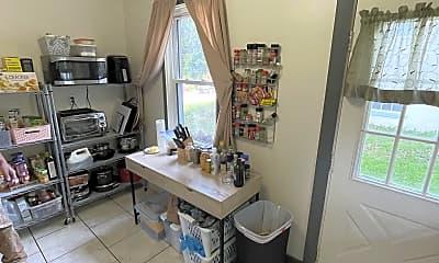 Living Room, 432 Walnut Ave, 1