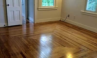 Bedroom, 462 Middle Turnpike E, 1