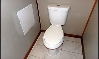 Bathroom, 5607 Valley Drive, 2