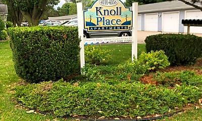 Knoll Apartments, 1