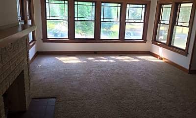 Living Room, 1880 Princeton Dr, 2
