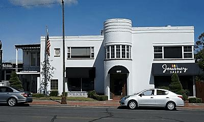 807 W Yakima Ave, 0