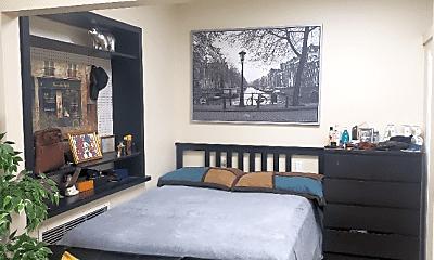 Bedroom, 73 Putnam St, 1