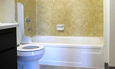 Bathroom, 708 N Killingsworth Ave, 1