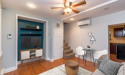 Living Room, 525 Fitzwater St 10, 1