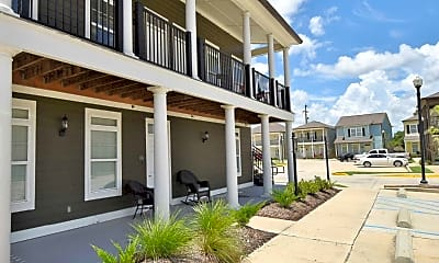 Building, Cottage Landing Lafayette Student Housing, 1