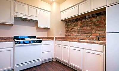 Kitchen, Capital Place Apartments & Townhomes, 1