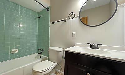 Bathroom, 521 N 1st St, 2