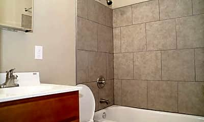 Bathroom, 4848 Reading, 2