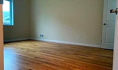 Bedroom, 133 Woodrow Rd 2, 2