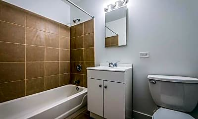 Bathroom, 136 E 155th St, 2
