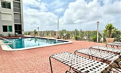 Pool, 26000 Hickory Blvd 105, 2