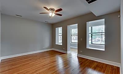 Living Room, 5401 N Winthrop Ave, 0