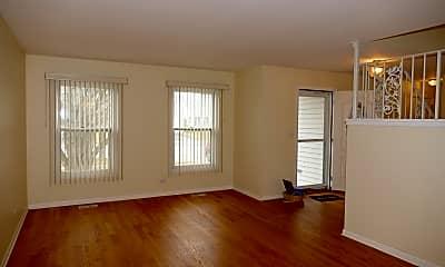 Living Room, 711 N Lakeside Dr, 1