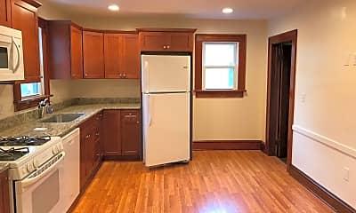 Kitchen, 68 Greenwood Ave, 1